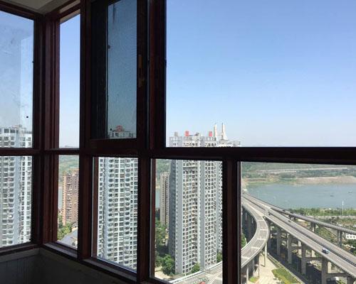 阳光小区推拉窗安装